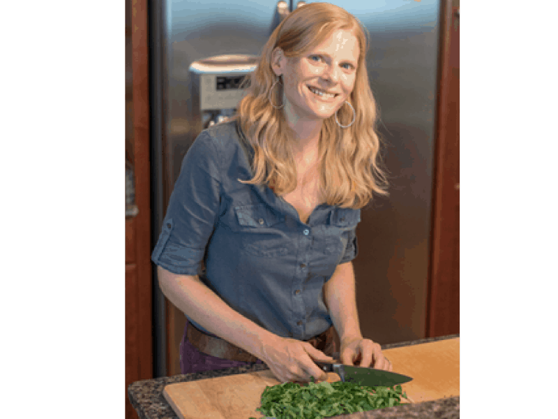 Jessica Cooking