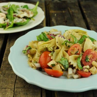 How to Make Lunch Packing Easier & Italian Caprese Pasta Salad