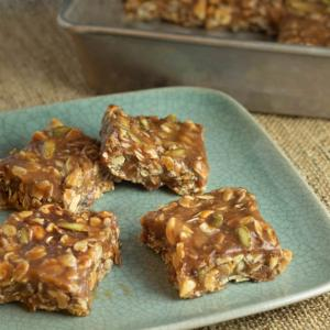 Chewy Protein-Packed Granola Bars