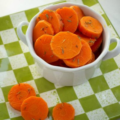 Sauteed Carrots with Butter and Thyme
