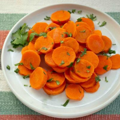 Curried Carrot Salad with Lime and Cilantro