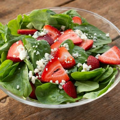 Spinach Salad with Strawberries and Gorgonzola Cheese