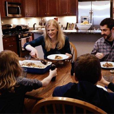 How to Get Kids to Talk at the Dinner Table: A Recipe for Successful Family Dinners